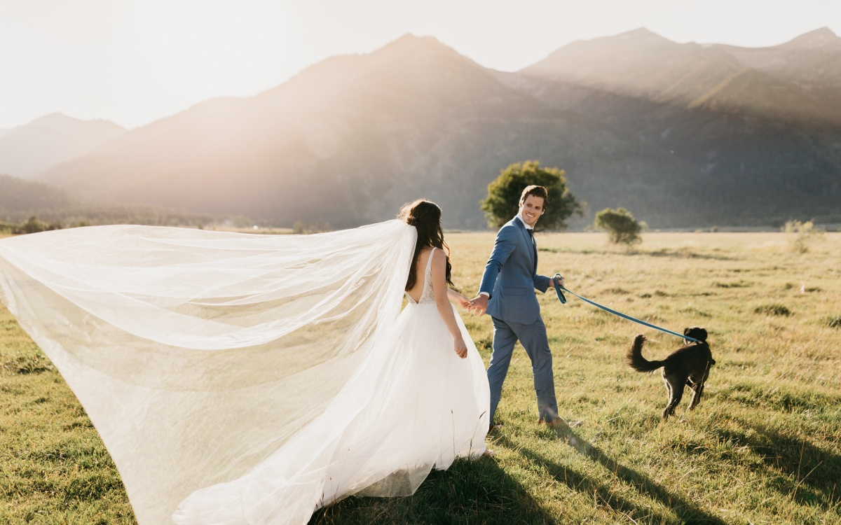 Romantic Garden-Inspired Wedding at Snake River Ranch | Jackson WY | Chelsea + Connor